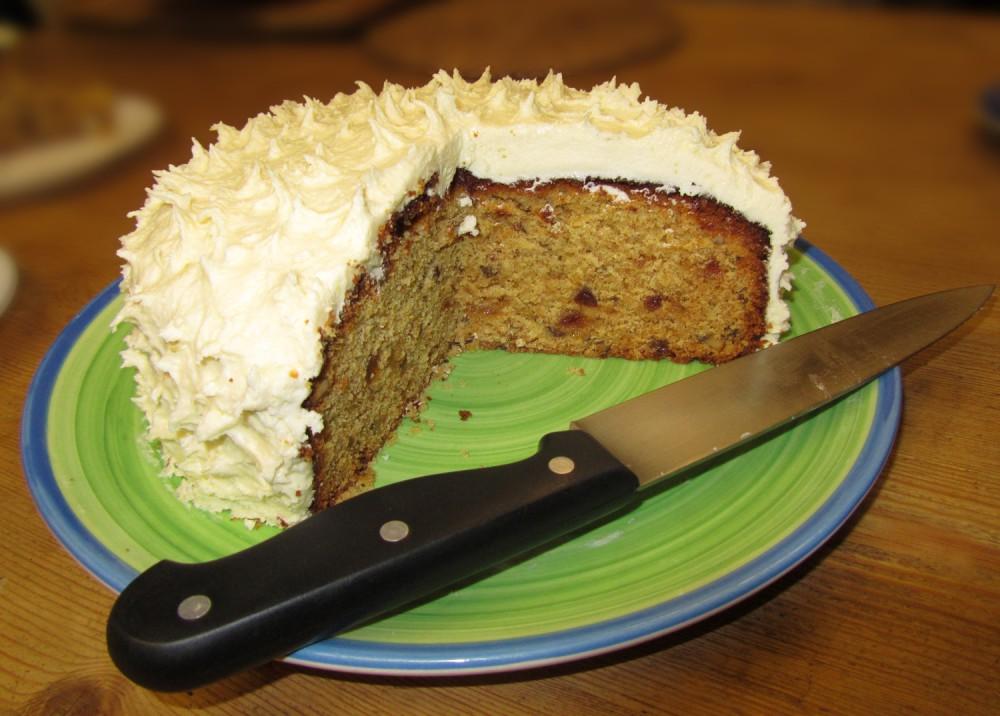 Pineapple cake - cut