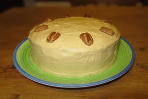 Coffee and walnut cake - whole