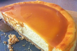 Sticky toffee cheesecake - cut
