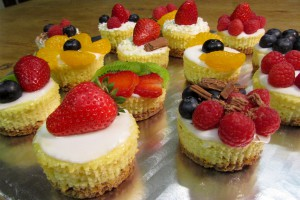 Mini summer fruit cheesecakes