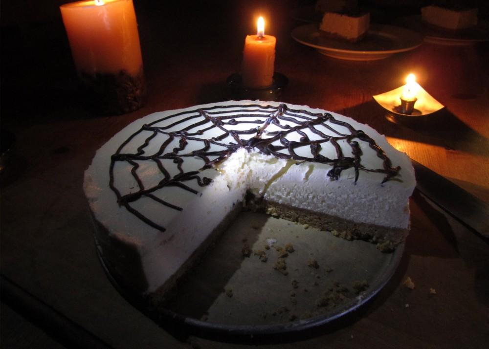 Spiderweb Cheesecake Sliced