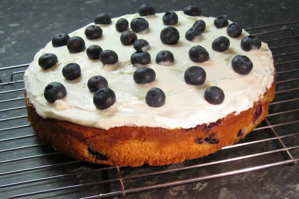 Blueberry Soured Cream Cake Recipe